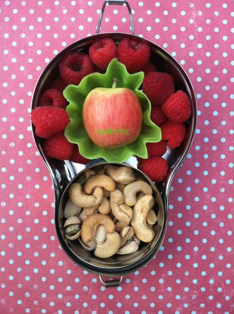 Apple, raspberries and cashews