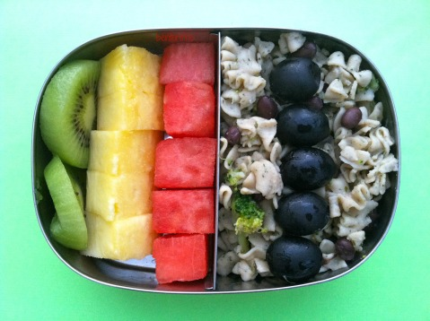Bentoriffic gluten free pasta with rainbow fruit