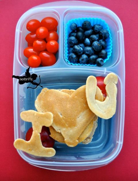 Bentoriffic-Love pancakes bento