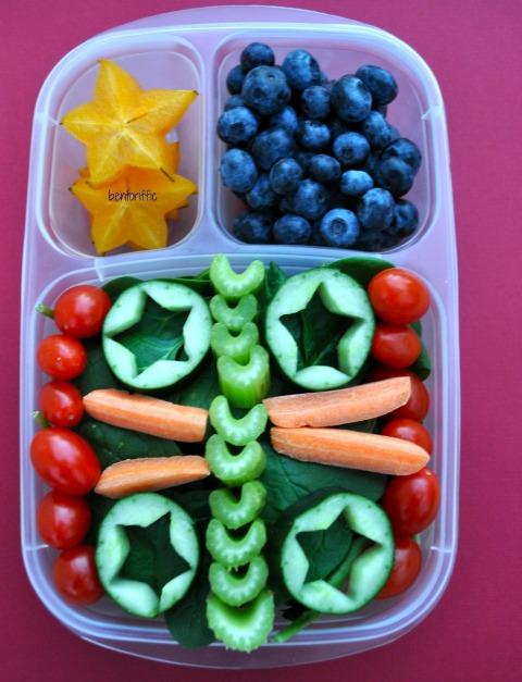Bentoriffic spinach & stars salad bento