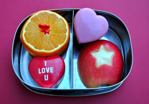 Bentoriffic stars and hearts snack bento